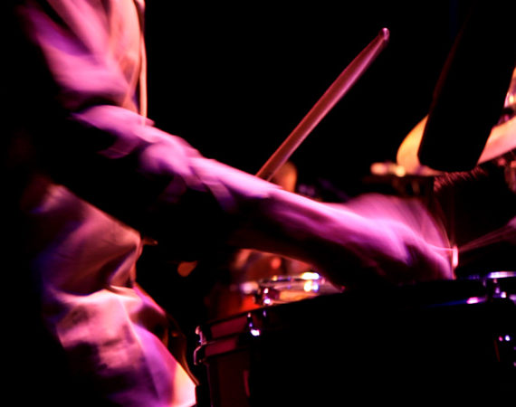 percussi-o-no-cumie-paco-drumming